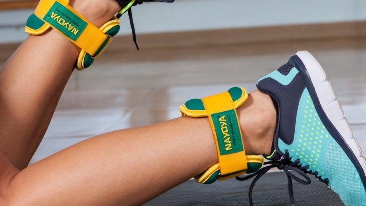 The Pros and Cons of Wearing Ankle Weights