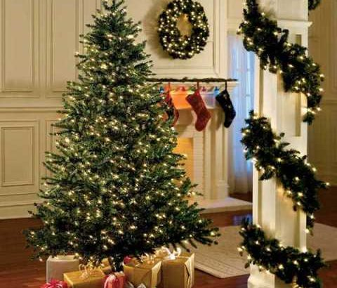 Reasons why your Christmas tree should be fake this year